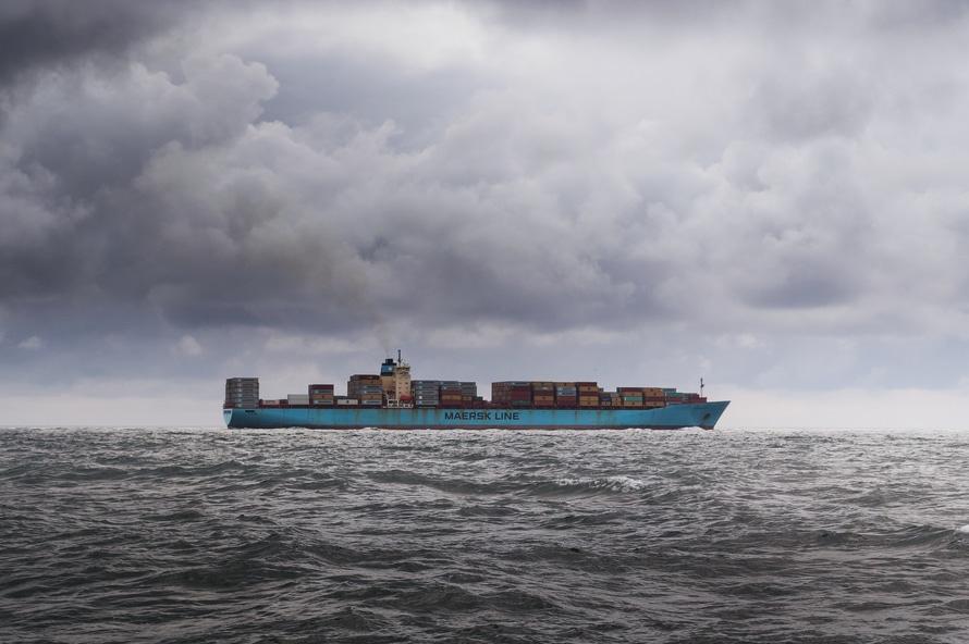 hoeveel containers gaan er op een vrachtschip